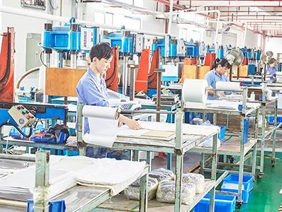 傲川生产基地1楼