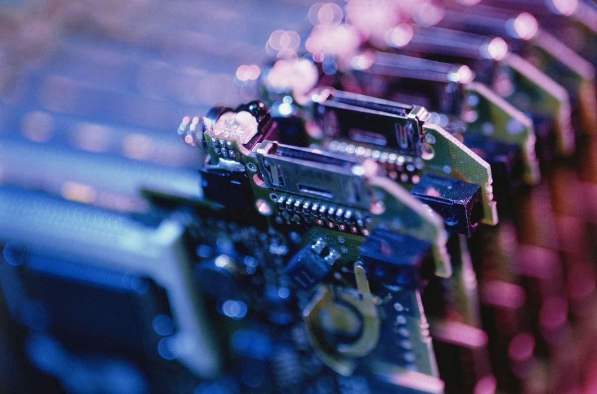 电子元器件