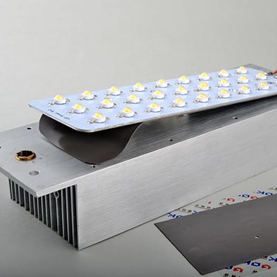 低压缩力导热硅胶片,高电气绝缘硅胶垫片,导热硅胶片